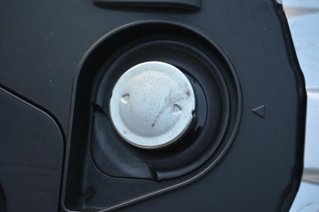 dio110(ディオ110)レビュー。これは買うべきスクーター。:ガソリンタンクのキャップ