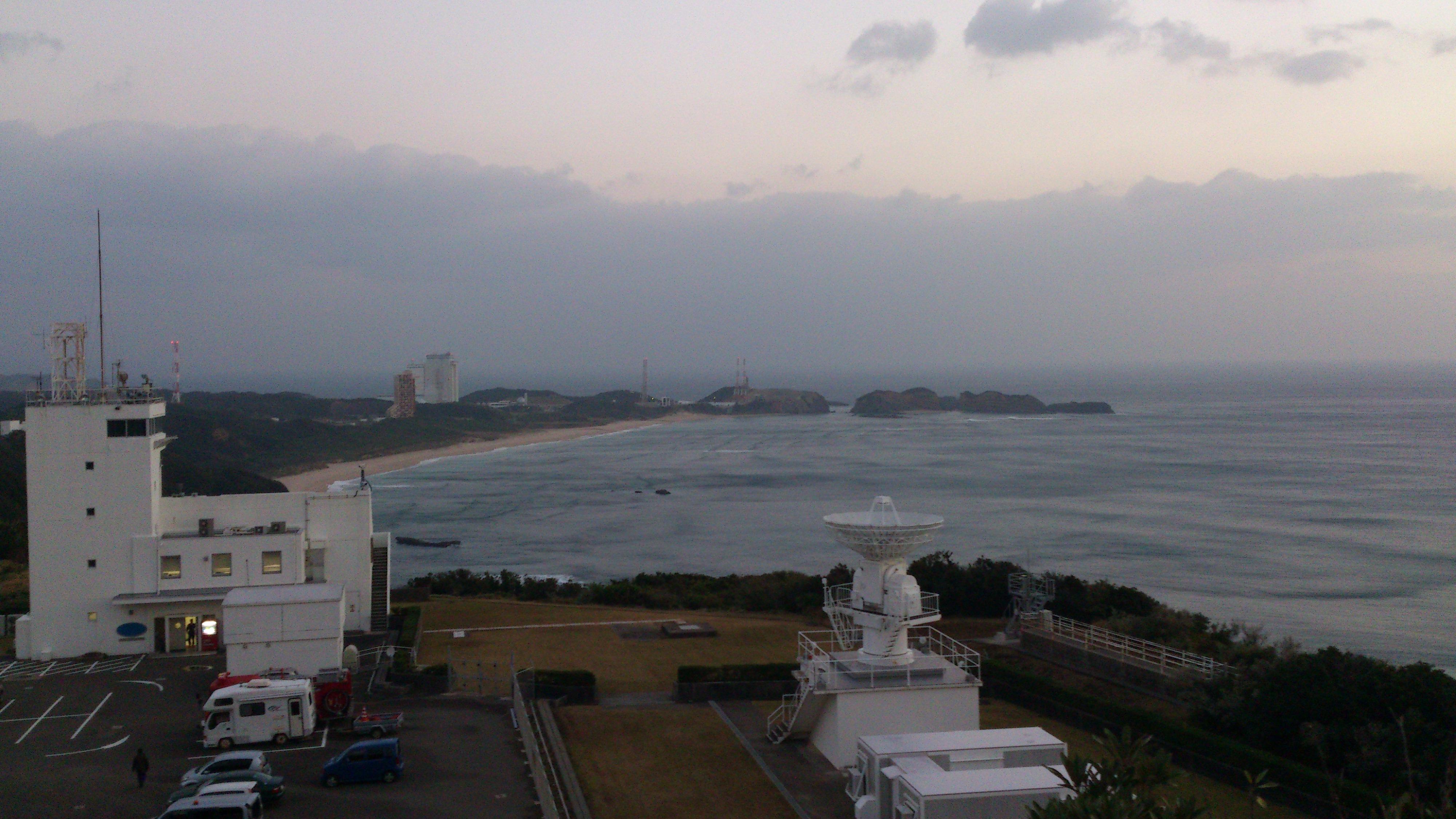 2012年12月。僕は種子島を一人で旅した:電波塔からの発射台