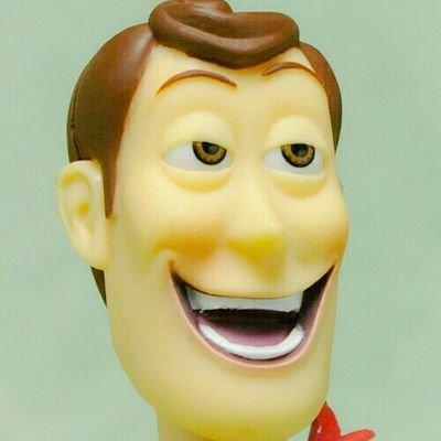 イメージ:採血で笑う、気まずい時にニヤけるのは病気か?
