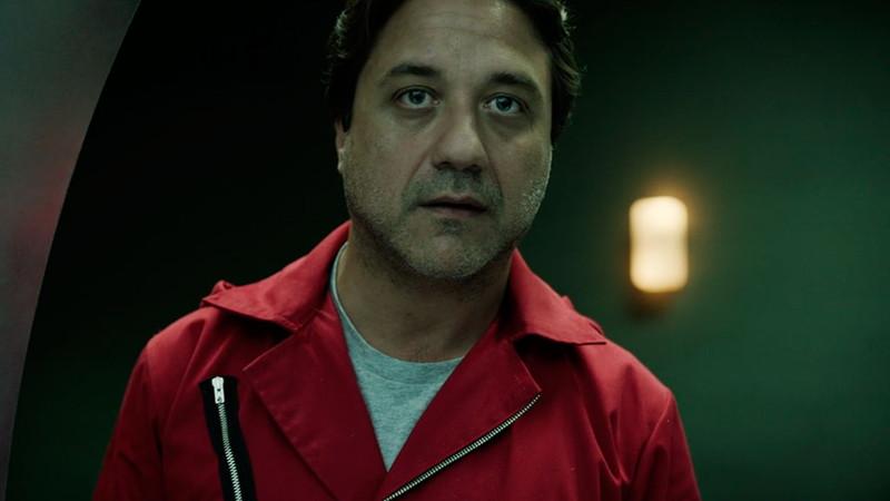 Netflix独占ドラマ「ペーパーハウス」に登場するアルトゥーロ(Enrique Arce)