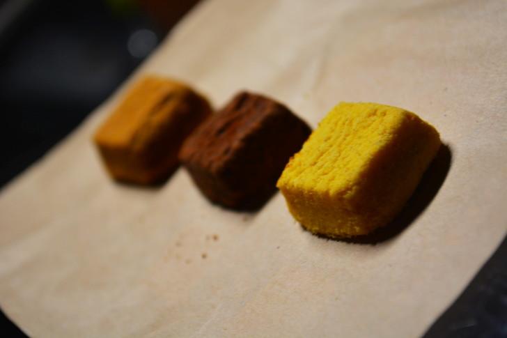 セブンの「ひとくち焼きショコラ」の体験レビュー:立て続けに食べたくなるような味