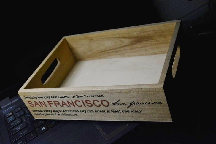 一人暮らしの僕が3年以上愛用し続けてる100均アイテム8選:3年以上愛用してる100均アイテム⑥木製小物入れ