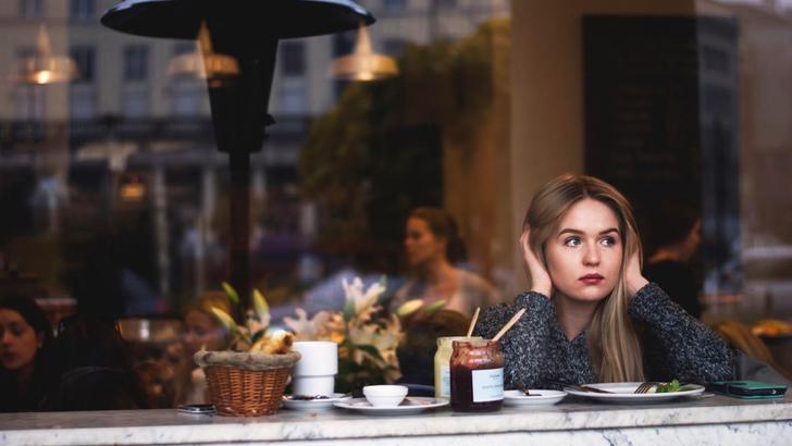 イメージ:「一人ご飯」が苦手だった僕が、克服して一人で飲食店に行けるようになった方法